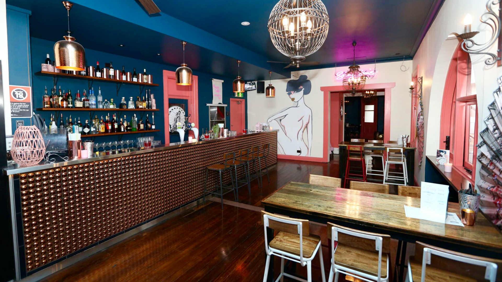 Sydney s sexy pre war shanghai bar suey sins publicly for Food bar sydney